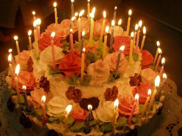 Фото с тортом со свечами