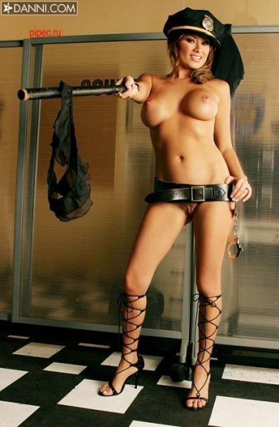 Сотрудницы полиции фото голые