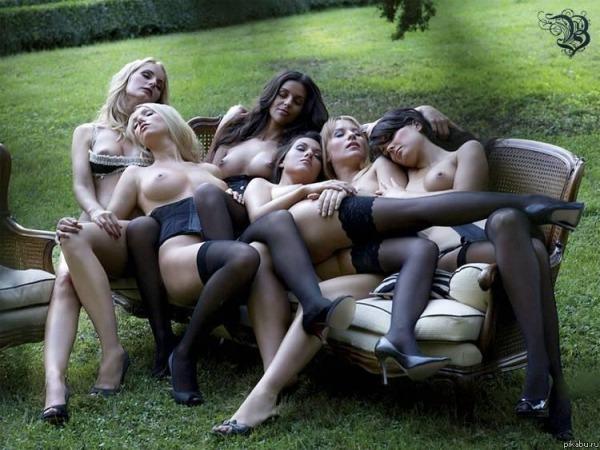 много девушек фото эротика