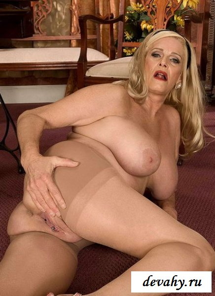 Секс фото старая блондинка