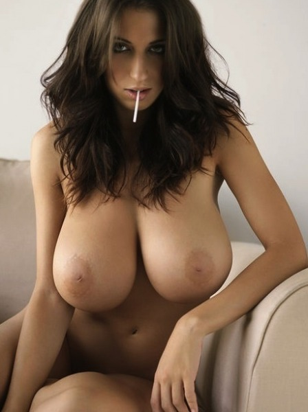 Hottest woman boob