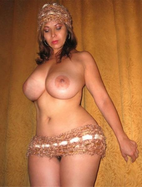 Груди трансвеститов фото. у женщины маленькие сиськи и толстая большая шерш