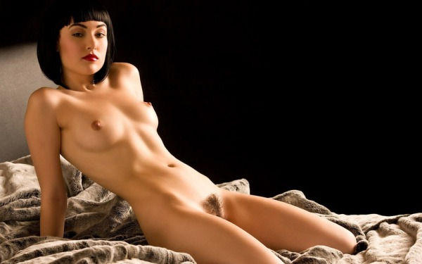 golie-soski-aktris