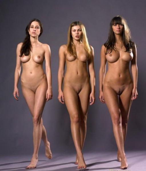 Голые модели фото русские