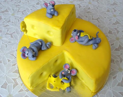 Торт головка сира и миши фото