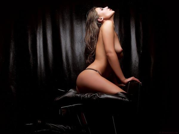 скачать эротические фото девушек торрент