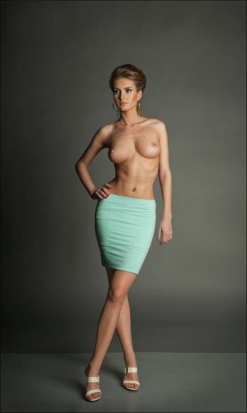 hot-mini-skirt-topless-nude-women-short